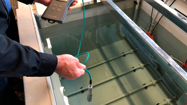 Picture of Measuring the concentration in the passivation bath using the Teqwave T